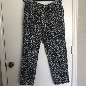 Zenergy by Chico's Black & white patterned pants